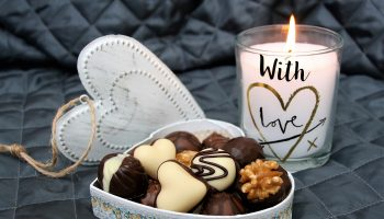 datenight_heart_candle_1400x933